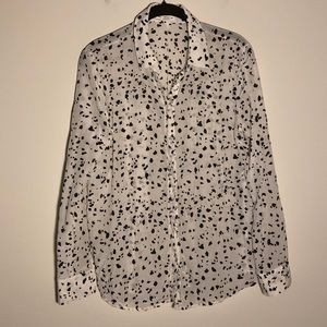 Club Monaco | Dalmatian print | 💯% silk blouse |M